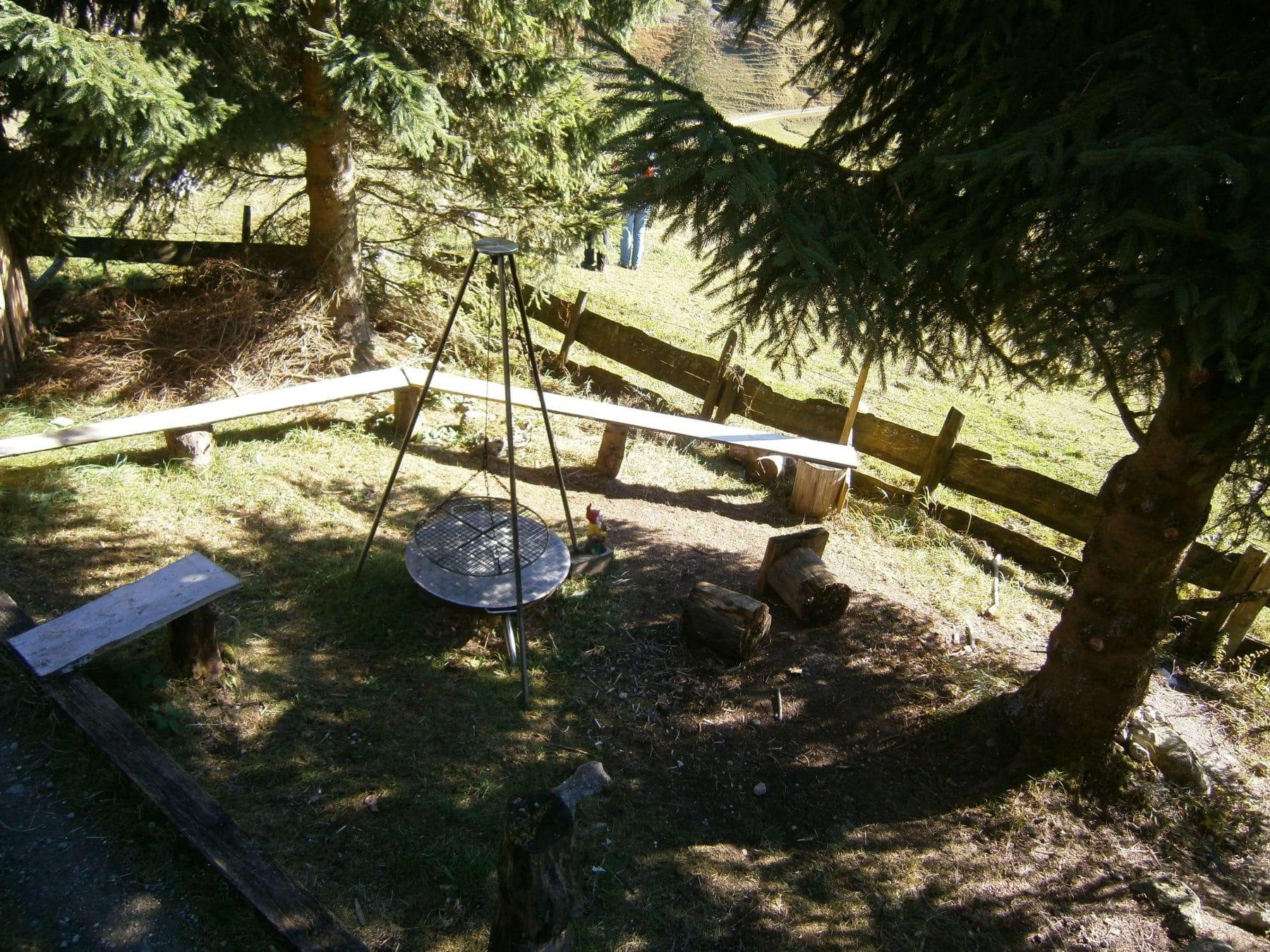 Grillplatz an der Hütte