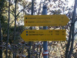 Schild zwischen Gori-Alm und Forststrasse